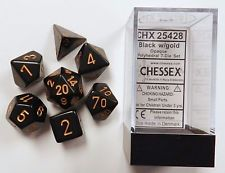 CHX25428 Chessex Opaque Poly 7 Set Black / Gold